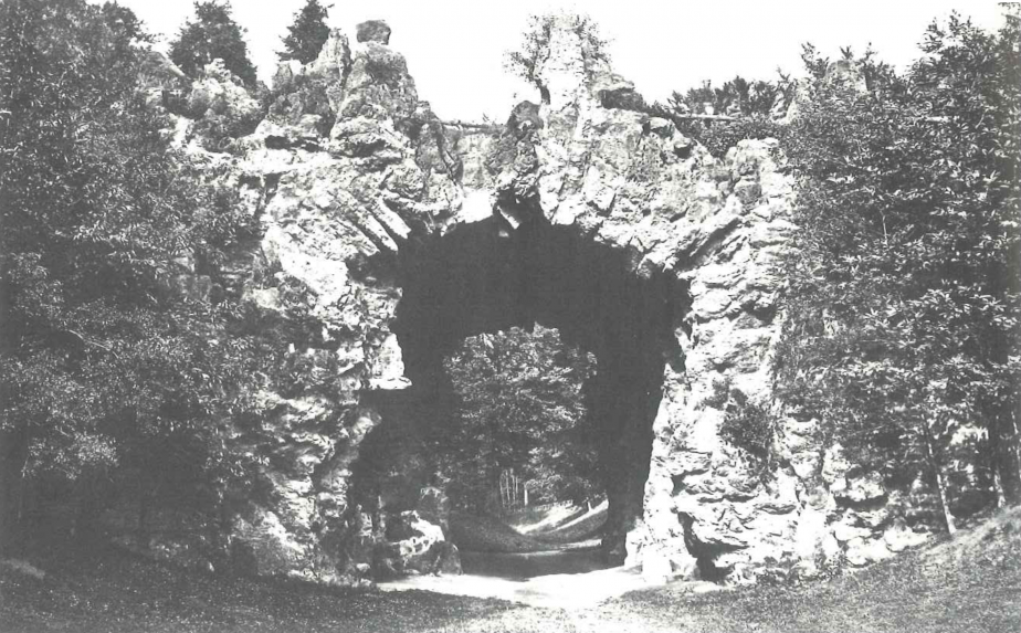 Le grand pont, vers 1880. Photo L.L. Roger Viollet